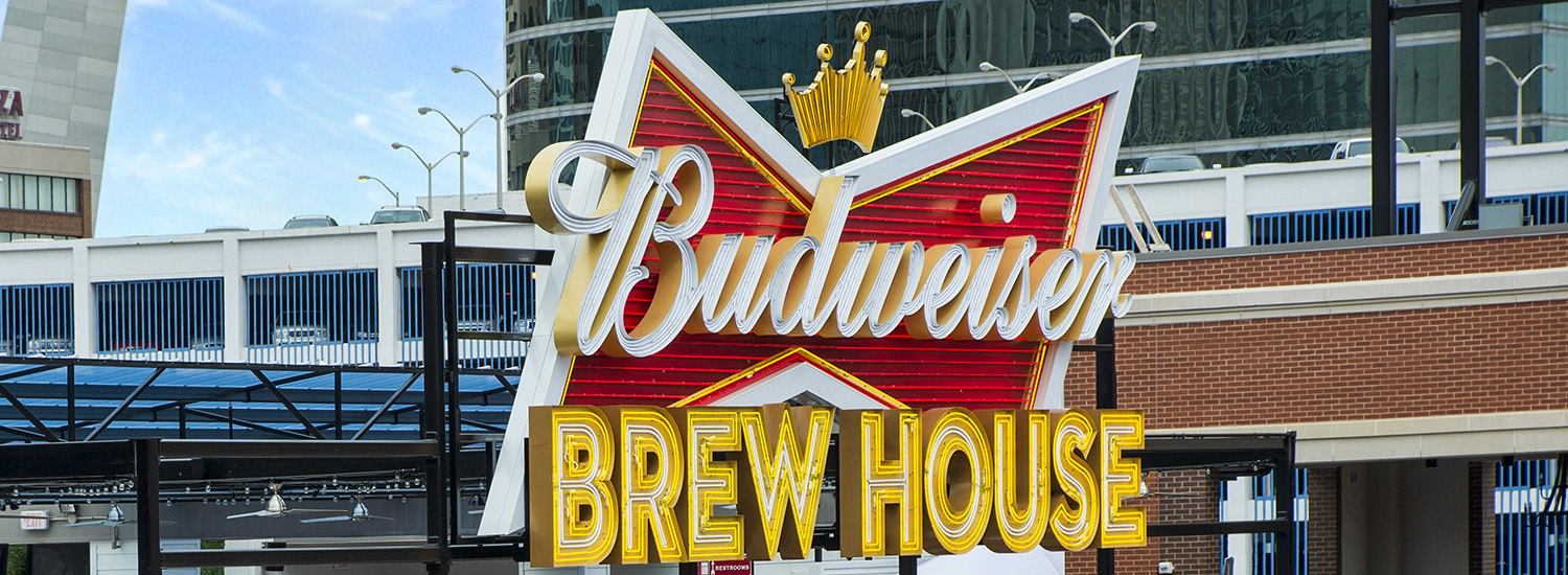 Ballpark Village – Budweiser Brewhouse Deck